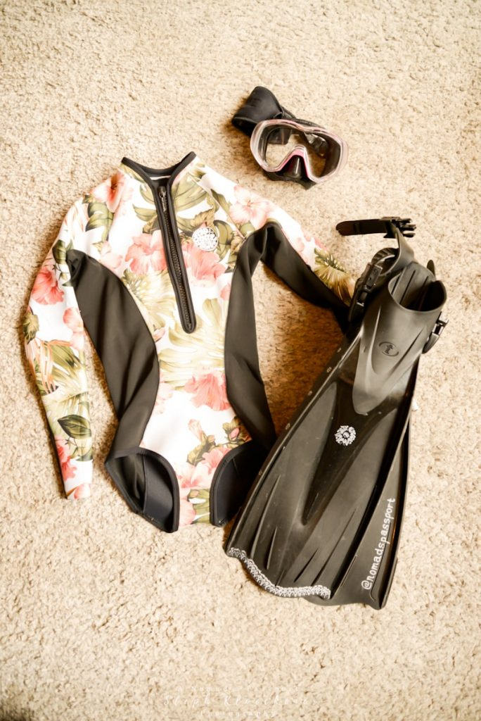 Basic scuba gear that has to be on every liveaboard packing list