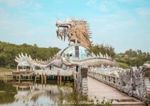 Visiting Ho Thuy Tien Abandoned Water Park in Hue